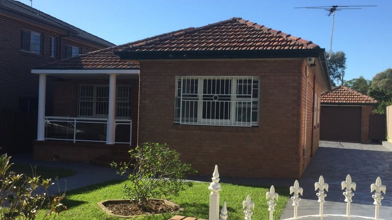 7 Carysfield Road, Bass Hill, NSW 2197