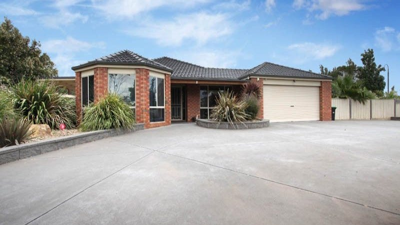 2 Rupertswood Drive, Brookfield, Vic 3338
