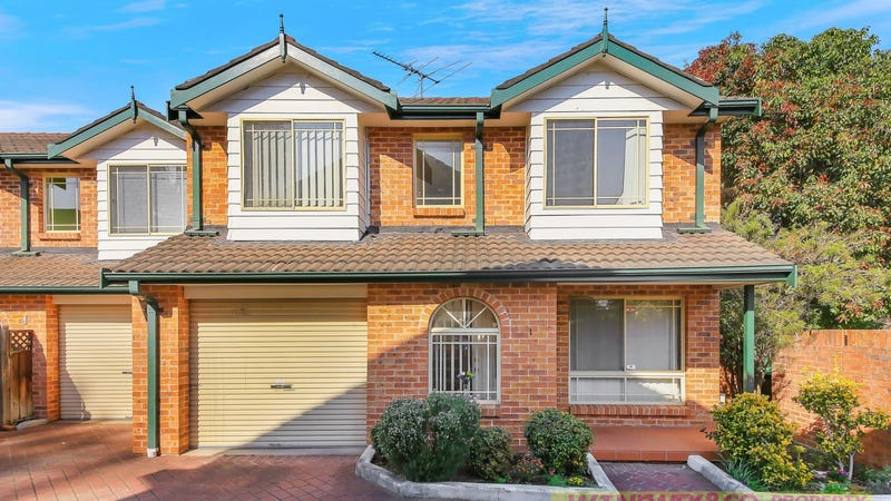 1/1 Carysfield Road, Bass Hill, NSW 2197