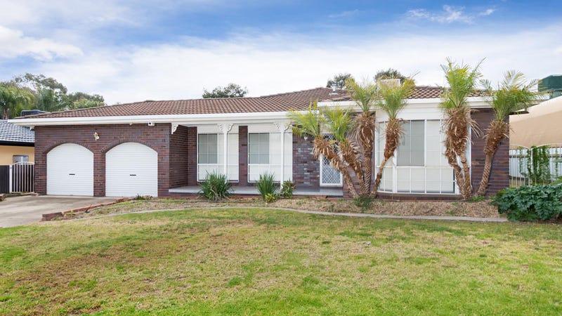 16 Overdale Drive, Bourkelands, NSW 2650
