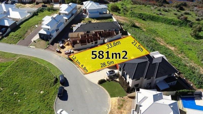 11 Nemagold Grove, Coogee, WA 6166