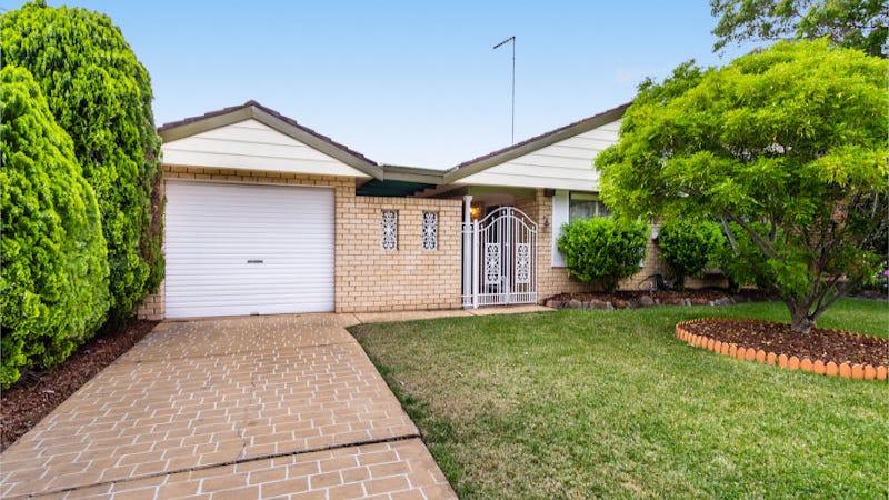 44 Ploughman Cres, Werrington Downs, NSW 2747
