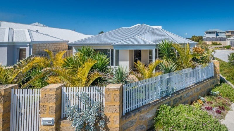 12 Seaside Avenue, Yanchep, WA 6035