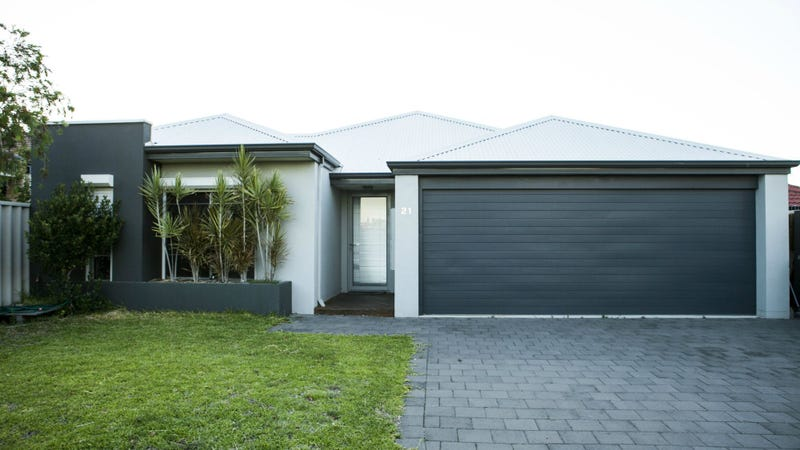 21 Kingsway Gardens, Canning Vale, WA 6155
