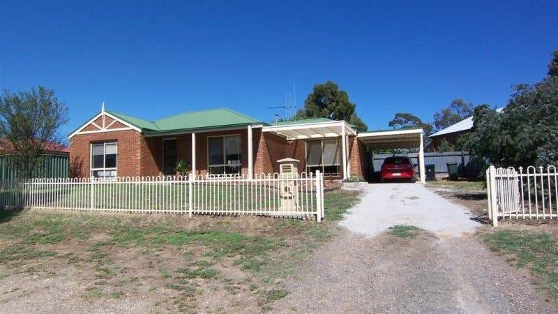 43 Railway Street, Kangaroo Flat, Vic 3555