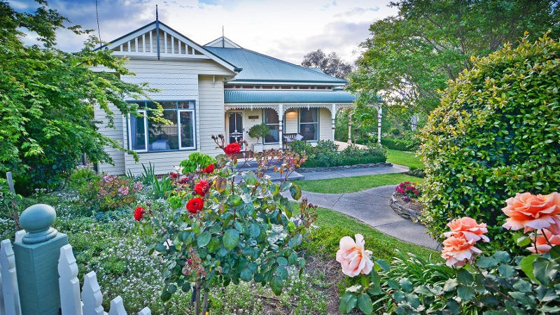 579 Roper Street, West Albury, NSW 2640