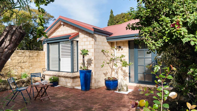 10 Limerick Way, Fremantle, WA 6160