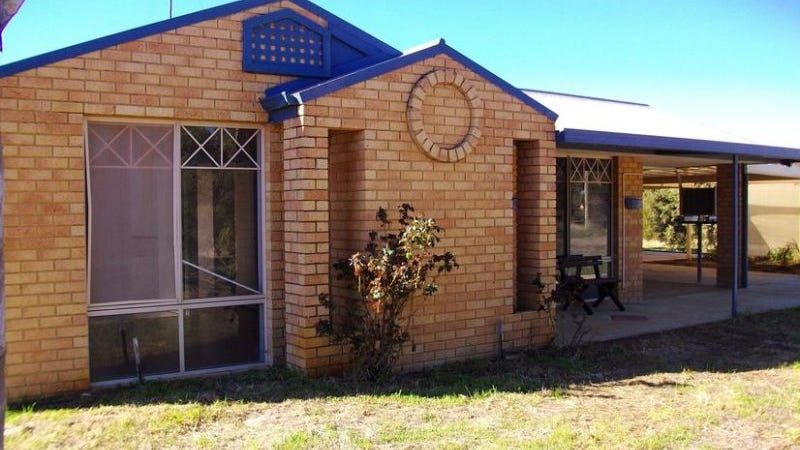 7 Richardson Road, Waroona, WA 6215