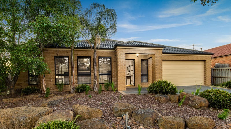 9 Arrowgrass Street, South Morang, Vic 3752