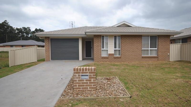 14 Candlebark Close, West Nowra, NSW 2541