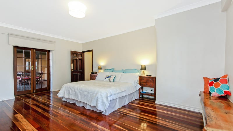 7 vaucluse street forest lake