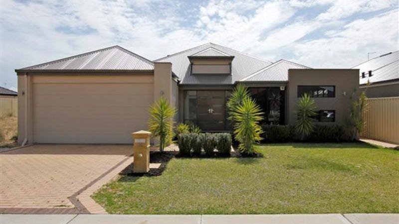 14 Tipperary Bend, Canning Vale, WA 6155