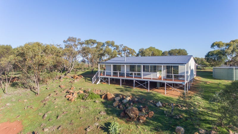 180 Timber Creek Cres, Coondle, WA 6566