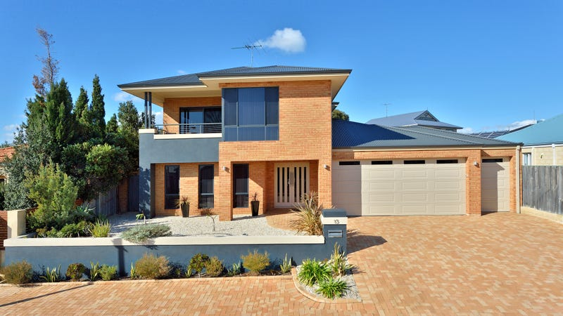 15 The Ridge, Halls Head, WA 6210