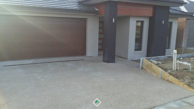 10 Viewgrand Drive, Pakenham, Vic 3810