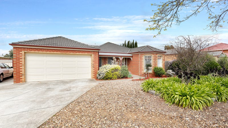 10 Prahn Court, Brookfield, Vic 3338