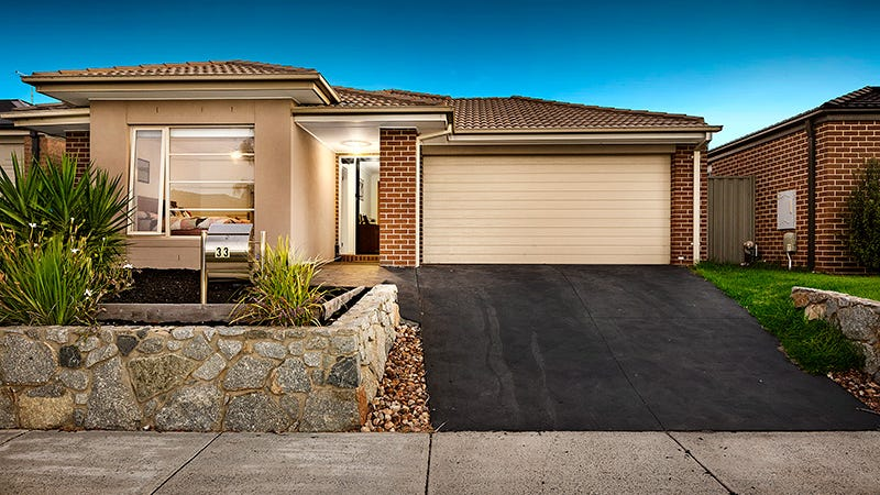 33 Arrow Road, Cranbourne East, Vic 3977