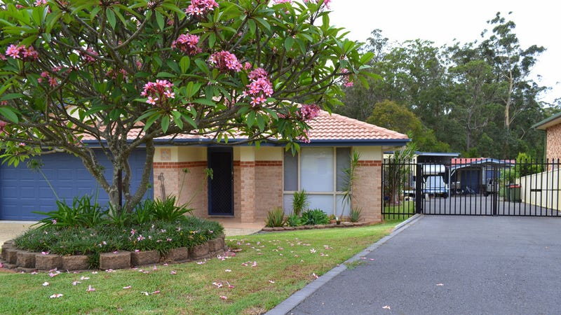 4 Stockwhip Place, Wauchope, NSW 2446