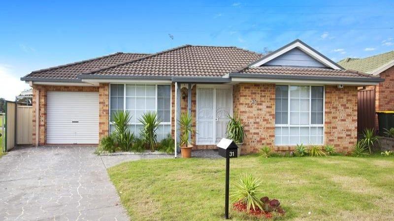 31 Carina Avenue, Hinchinbrook, NSW 2168