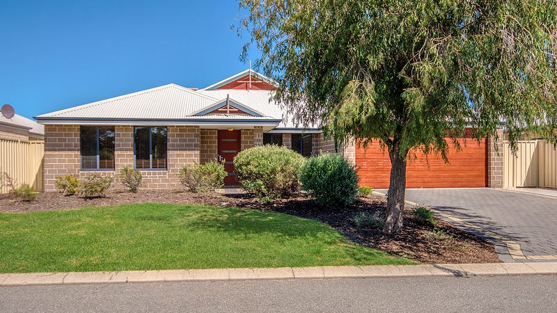 10 Frenchmans Cres, Secret Harbour, WA 6173