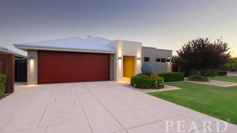 44 Roxburghe Drive, The Vines, WA 6069
