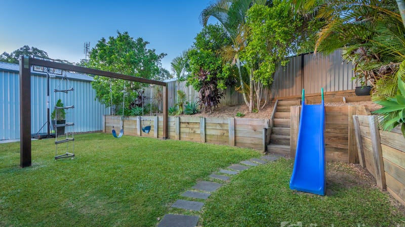 5 sharwill court glass house mountains qld 4518