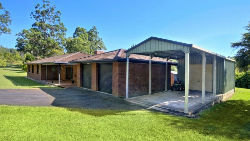 82 Lake Russell Drive, Emerald Beach, NSW 2456