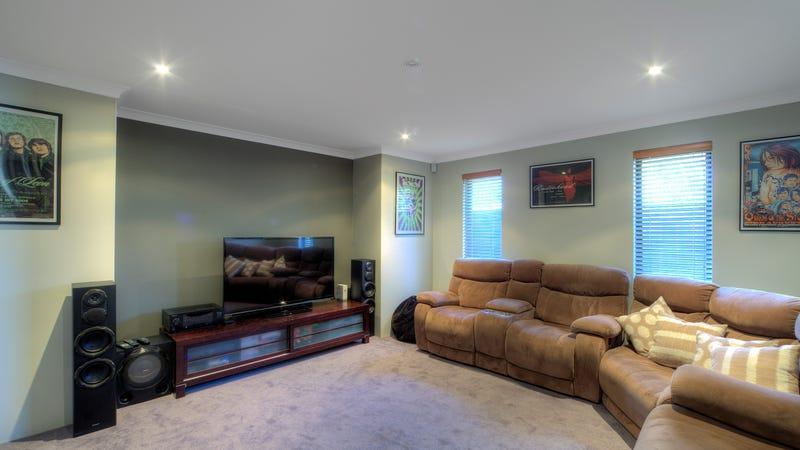 6 Larwood Cres, High Wycombe, WA 6057