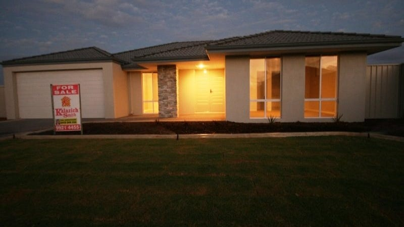 4 Isobel Way, Wandina, WA 6530