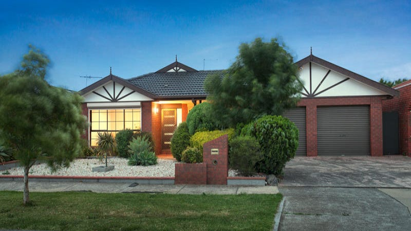 8 Bellbird Avenue, Taylors Lakes, Vic 3038