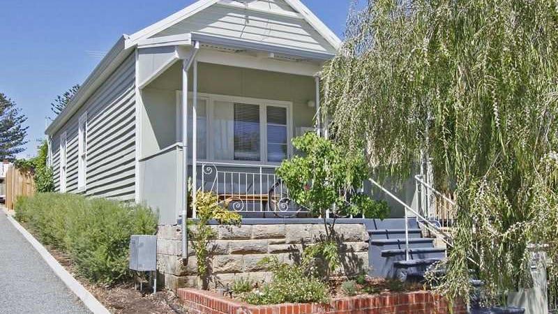 40 Solomon Street, Fremantle, WA 6160