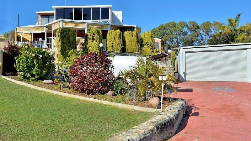 5 Hyacinth Place, Madora Bay, WA 6210