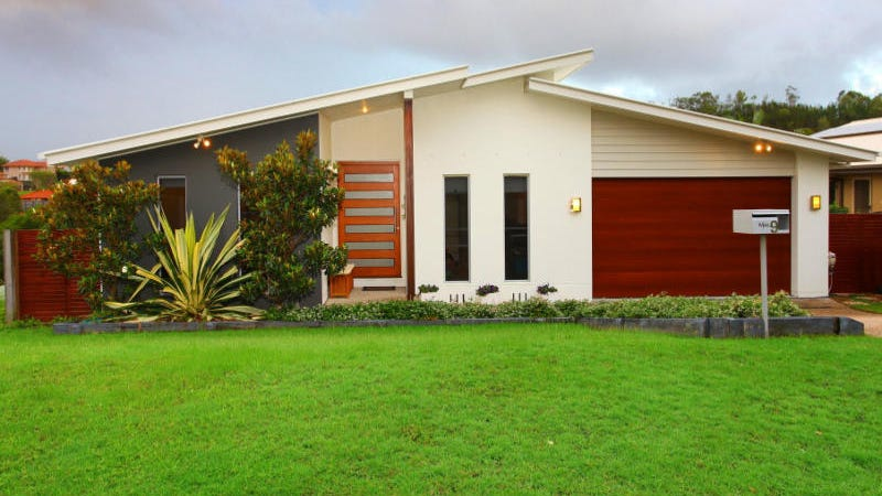 9 Ainslie Street Pacific Pines Qld 4211