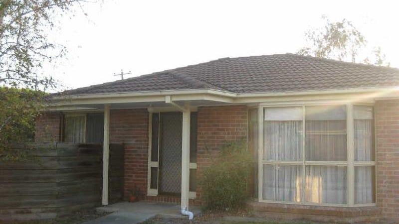 1/7-9 Beaconsfield Avenue, Beaconsfield, Vic 3807