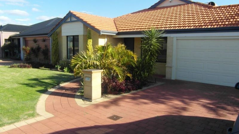 128 Fruit Tree Cres, Forrestfield, WA 6058