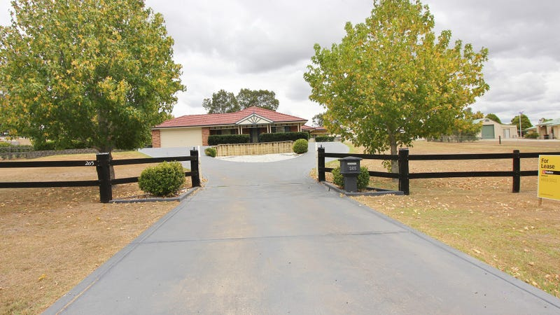 265 Aberglasslyn Road, Aberglasslyn, NSW 2320
