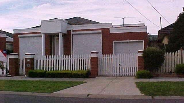 4/10-12 Kinrade Street, Hughesdale, Vic 3166