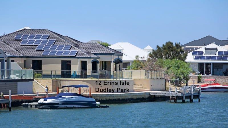 12 Erins Isle, Dudley Park, WA 6210