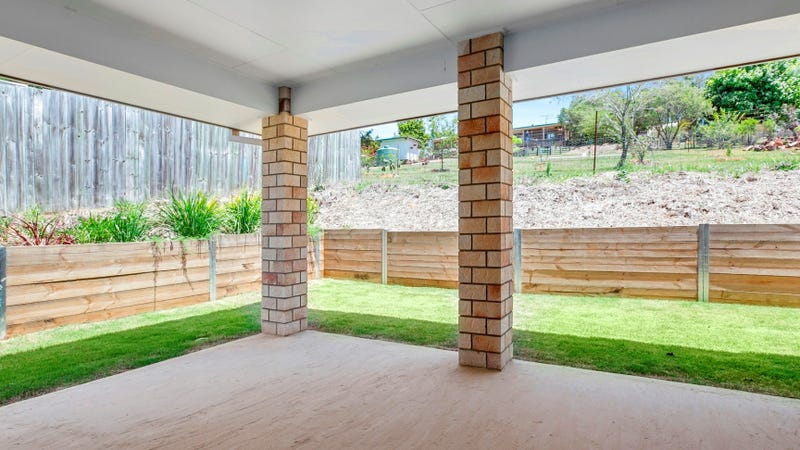 9 dollarbird place glass house mountains qld 4518