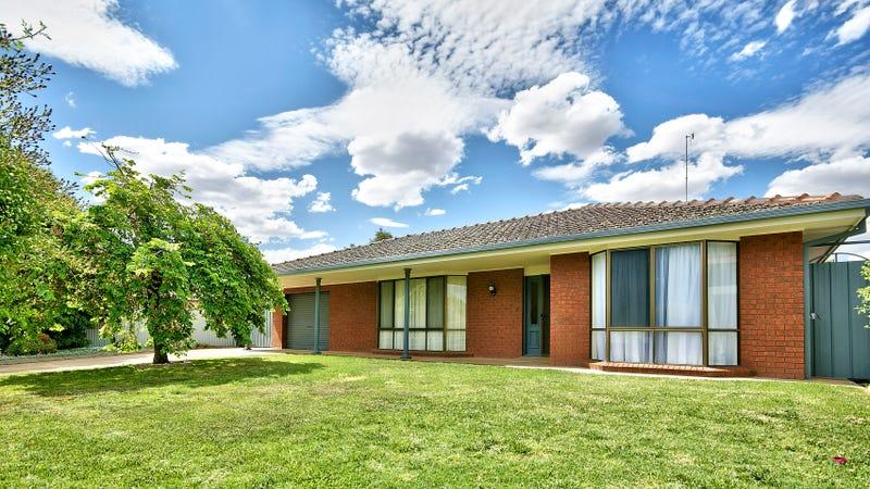 9 Mazamet Court, Deniliquin, NSW 2710