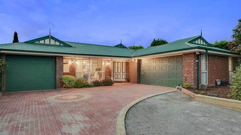 8 Ferrier Court, Rowville, Vic 3178