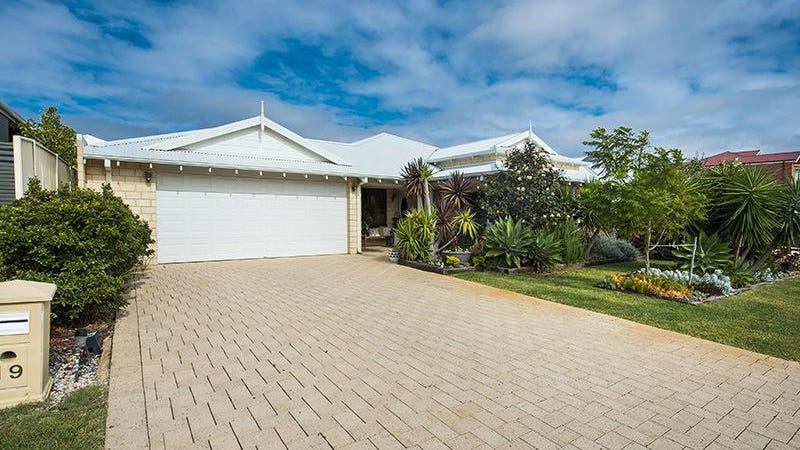 19 Hassars Road, Secret Harbour, WA 6173