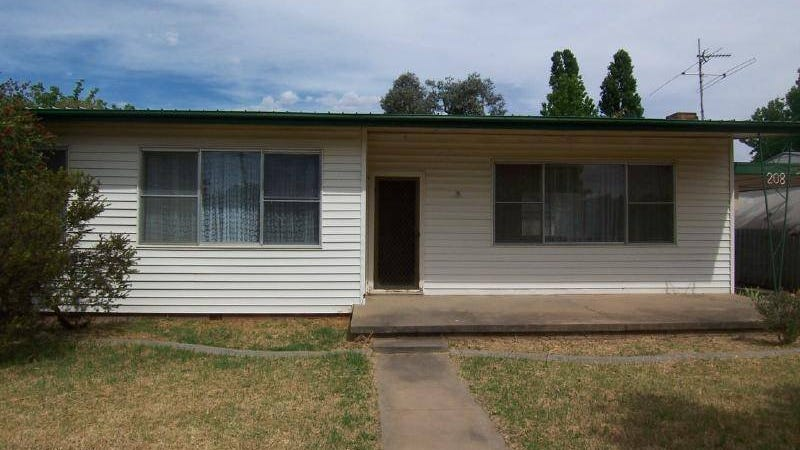 208 Hovell Street, Cootamundra, NSW 2590