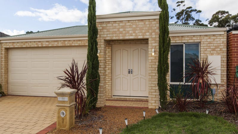 7 Hourn Way, Canning Vale, WA 6155