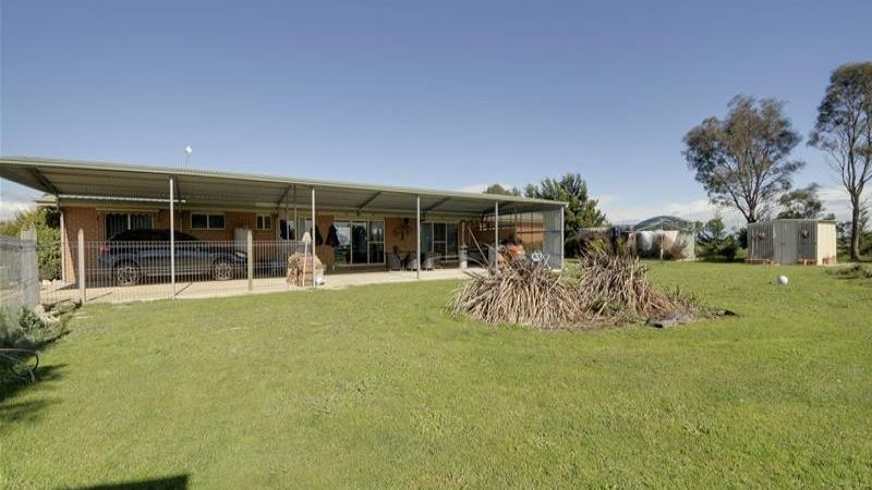 322 Lower Cairnbrook Road, Glengarry, Vic 3854
