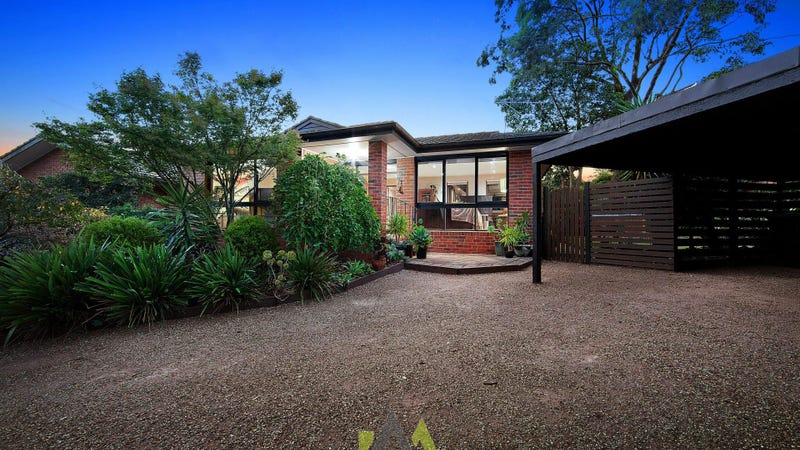 8 Goldborough Court, Frankston South, Vic 3199