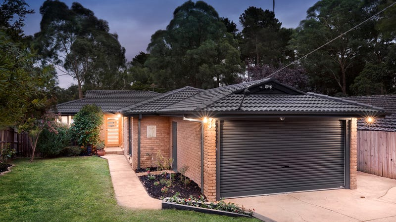 34 Jull Parade, Ringwood North, Vic 3134