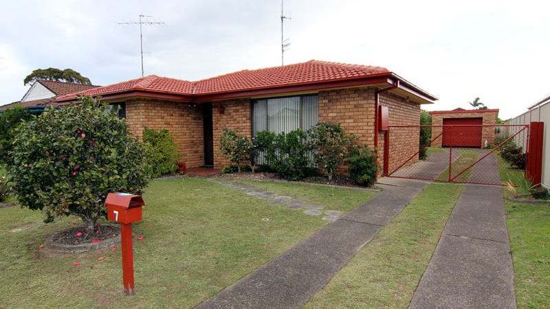 7 Blundell Avenue, Forster, NSW 2428