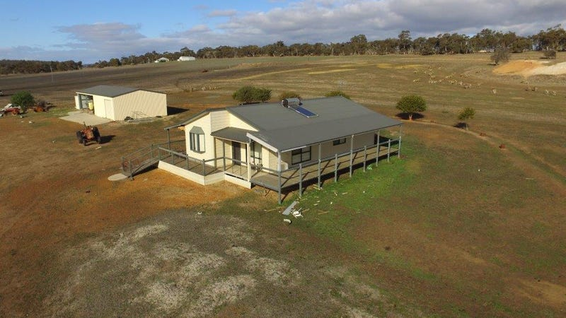 32 Chauvel Road, Kendenup, WA 6323