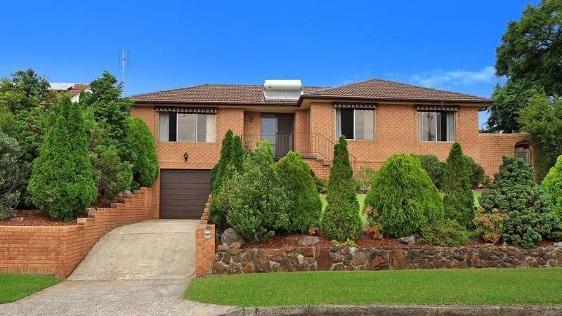 33 Beverley Avenue, Unanderra, NSW 2526